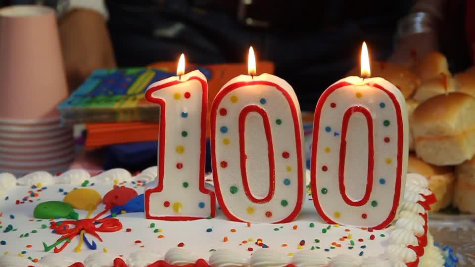 Felicitación a Expecta, en su 100 cumpleaños