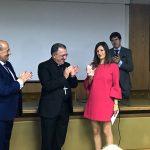 """La UCIP-E entrega el premio """"Lolo"""" de periodismo joven a Irene Pozo"""