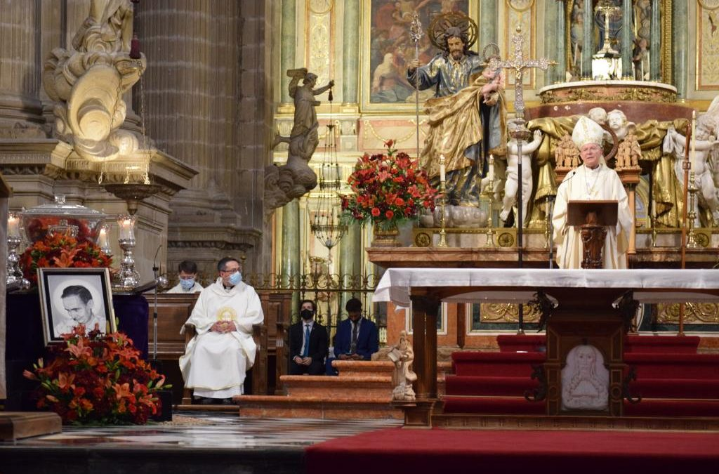 El Obispo crea un decálogo del Beato Lolo en la clausura de su Centenario