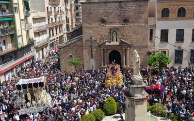 Cuando la calle es un templo  Semana Santa en los tiempos de hoy