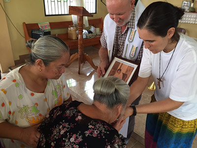 El beato Lolo venerado en Filipinas
