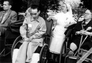 Manuel Lozano Garrido enfermo peregrino en Lourdes